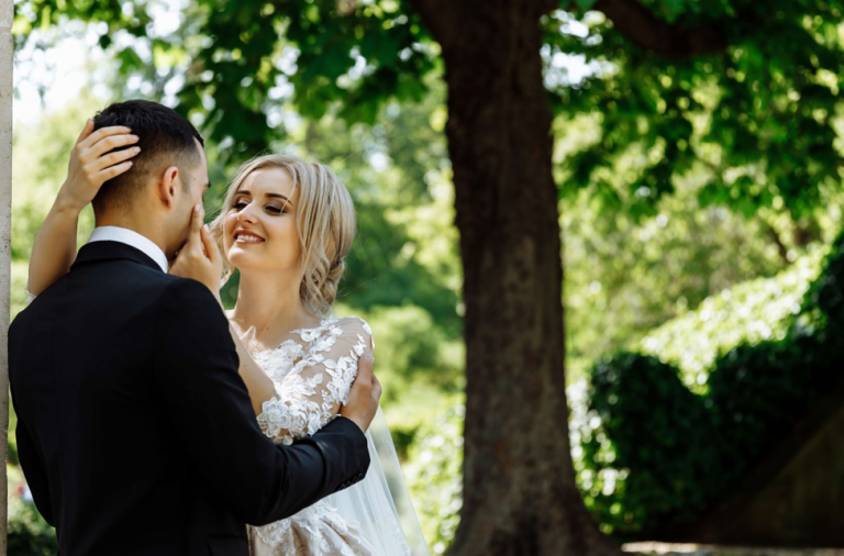 5 Easy Ways to Combat Anxiety Ahead of Your Wedding